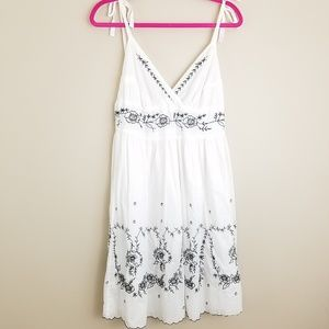 Hale Bob Dress white black floral embroidery sz M